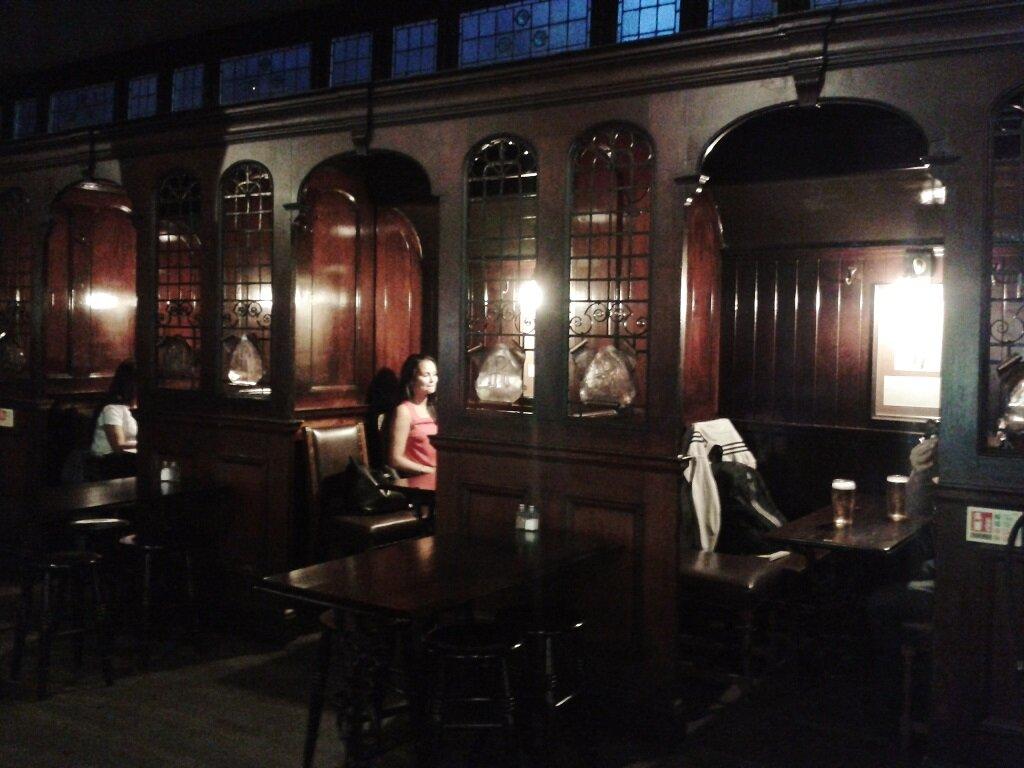 Clique para conhecer o pub. Foto: Flávio F. Moreira, Mapa de Londres