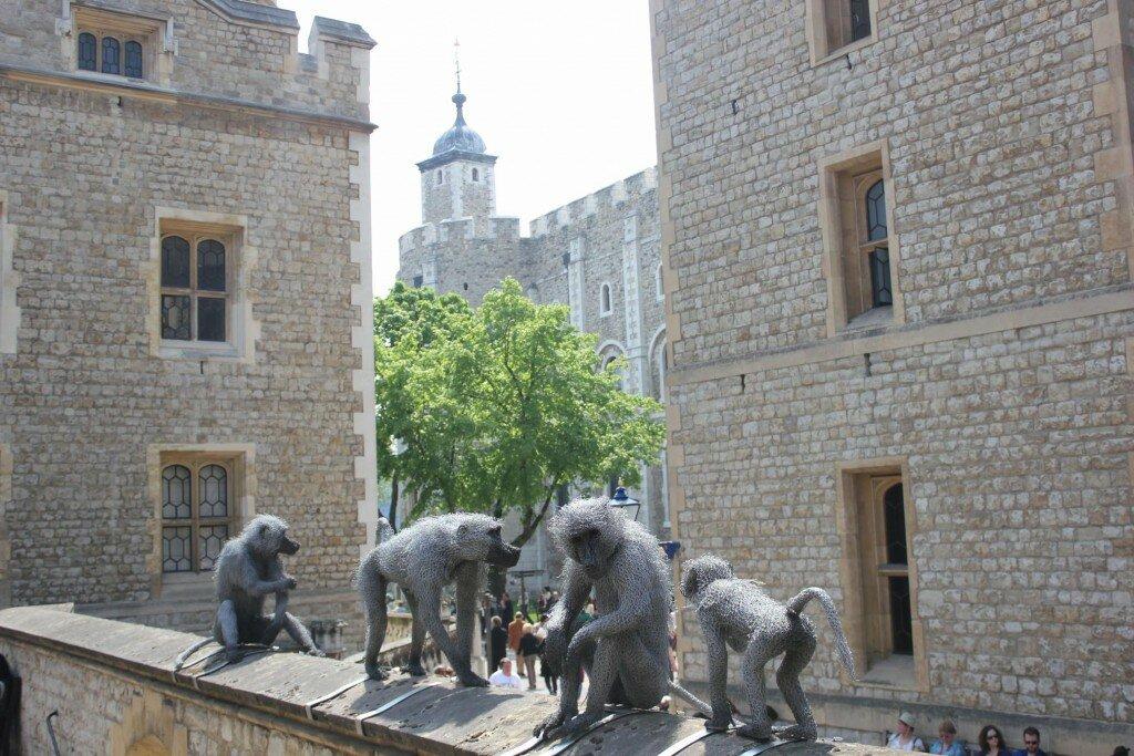 Esculturas de animais estão por tudo na Torre. Foto: Mapa de Londres