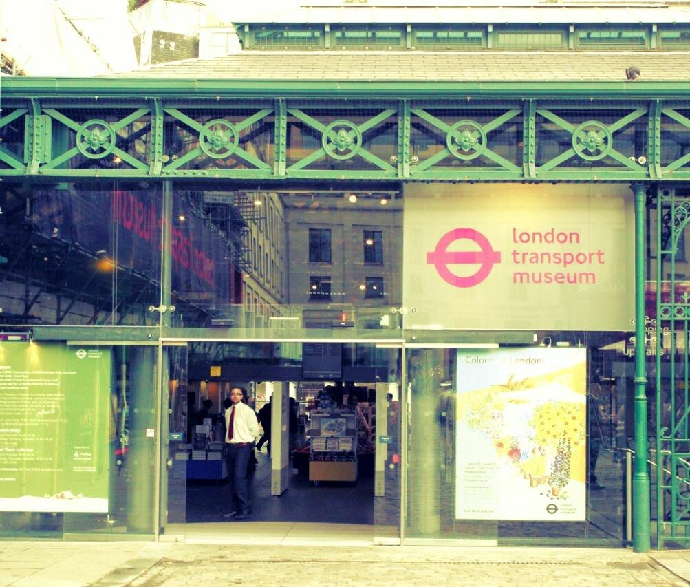 Museu do Transporte de Londres. Fotos: Vincent Travi, Mapa de Londres