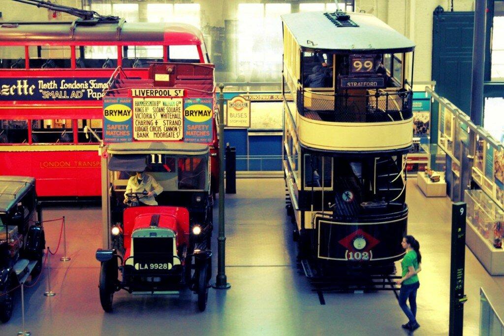 As primeiras versões de trams e ônibus em Londres