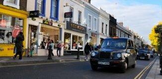 Táxi preto, black cab em Notting Hill