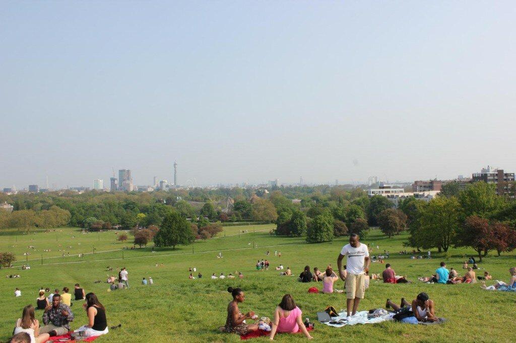 Parque de Primrose Hill oferece uma vista privilegiada da cidade. Foto: Mapa de Londres