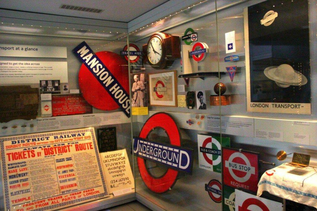 Museu do metrô de Londres - logo - símbolo