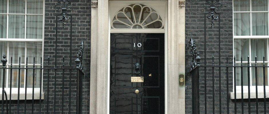 Nr 10 Downing Street, uma atração turística à distância