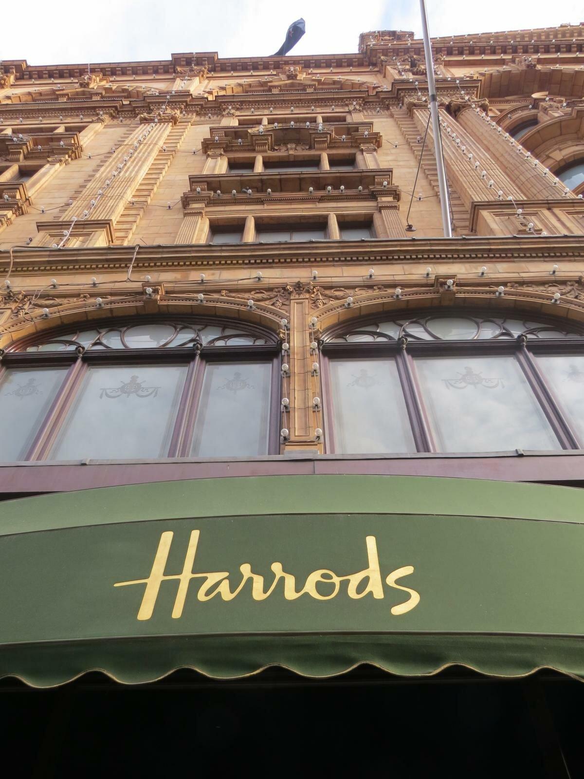 5f81457f0 7 lojas de departamento em Londres. Foto  Kamilla Fernandes