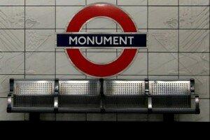 Símbolo Metrô de Londres
