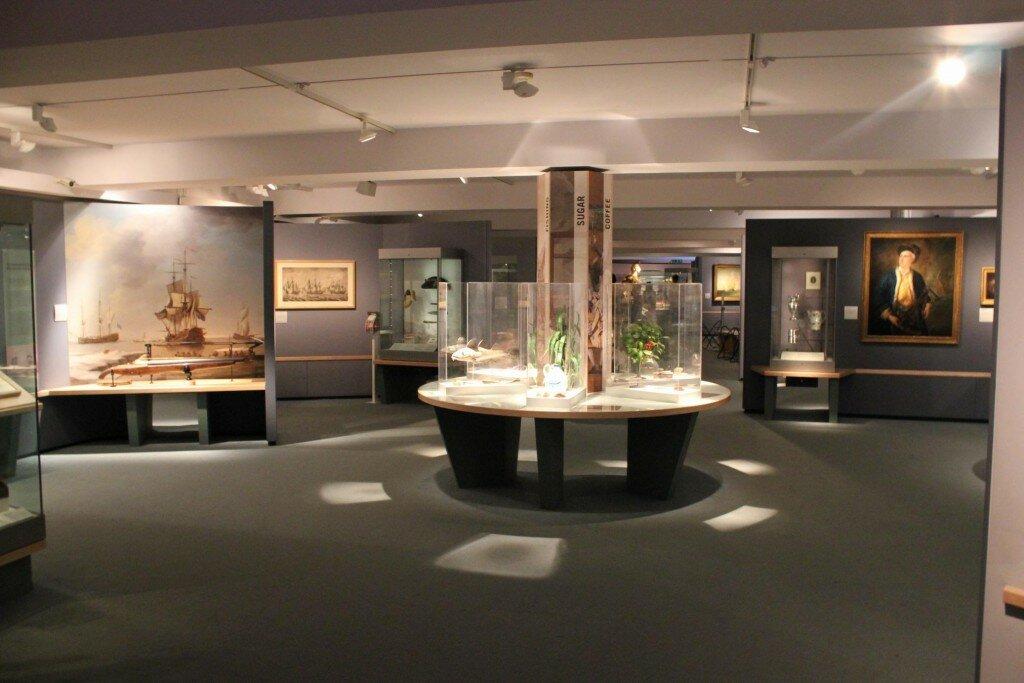 Áreas do museu contam diferentes aspectos da história marítima do Império Britânico