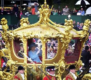 David Cameron quer alterar regras da sucessão na monarquia