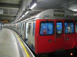Governo quer automatizar 100% dos trens do metrô até 2020