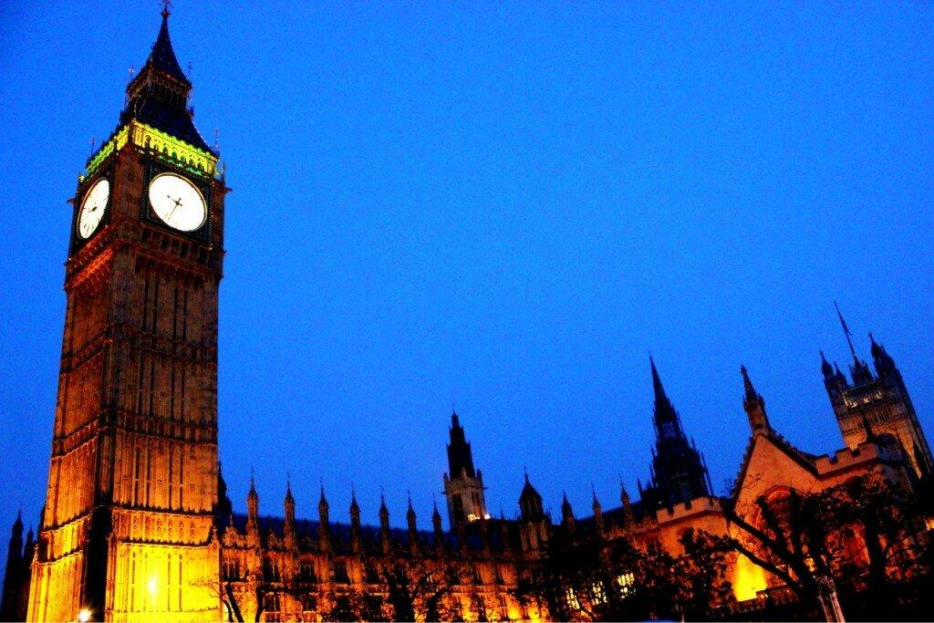 Palácio de Westminster - Big Ben - Foto: Vincent Travi, Mapa de Londres