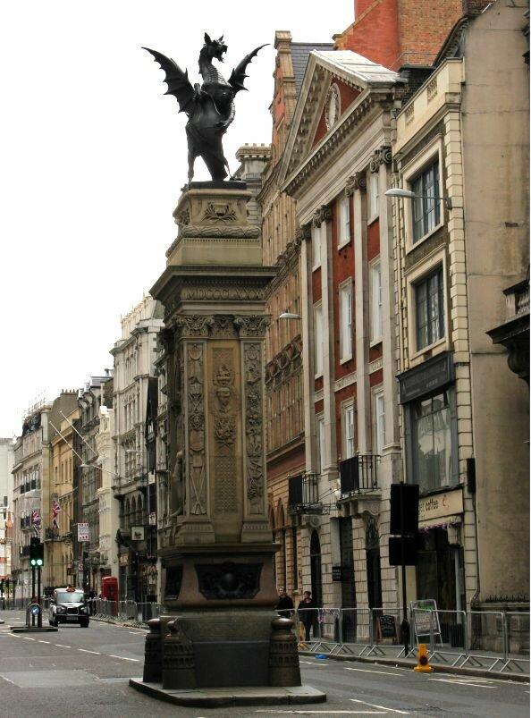 Fotos: V.Travi, Mapa de Londres