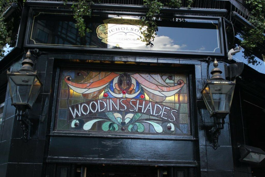 Pub: The Woodins Shades