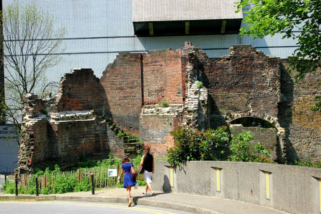 London Wall perto do Museu de Londres. Fotos: Mapa de Londres