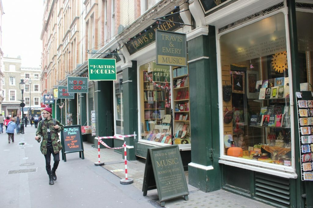 Cecil Court - Fotos: Vincent Travi, Mapa de Londres