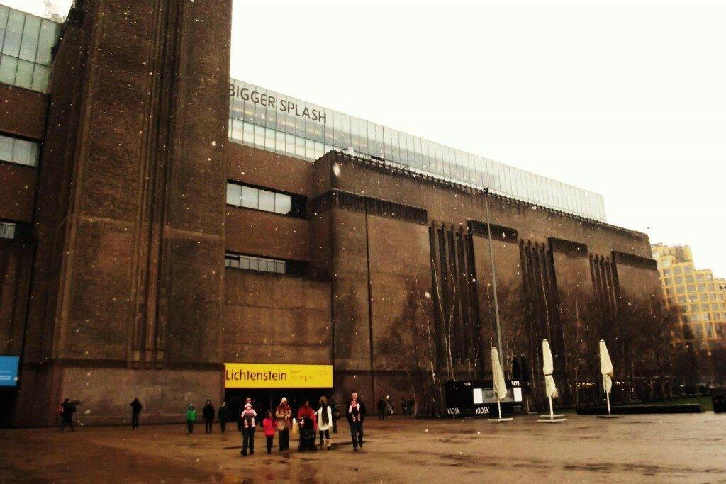 Tate Modern conta com sete andares de acervo. Foto: Flávio F. Moreira