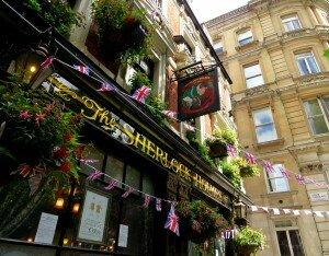 Sherlock Holmes Pub é um dos destaques. Foto: Kamilla Fernandes
