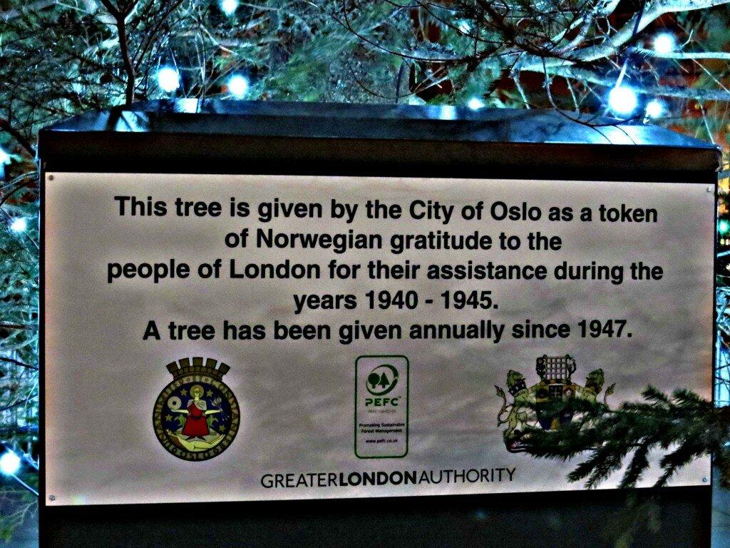 A árvore é doada pela Noruega. Foto: Kamilla Fernandes, Mapa de Londres