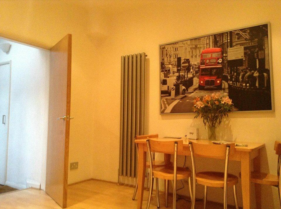 Um double decker na sala. Foto: Arquivo Pessoal