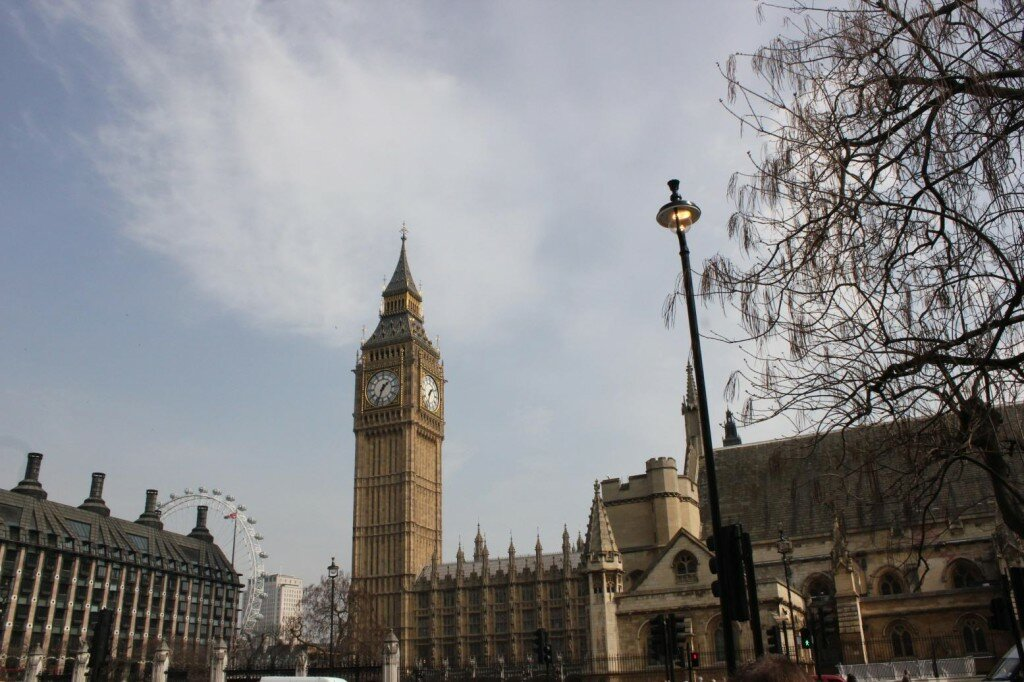 Big Ben - Palácio de Westminster - Primavera - Mapa de Londres