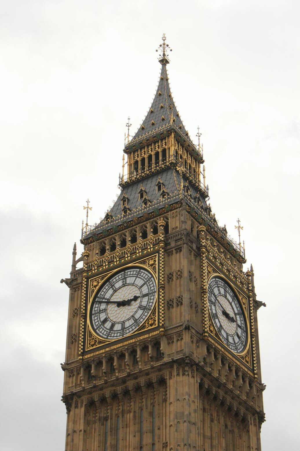 Big Ben - Palácio de Westminster - Primavera - Mapa de Londres.