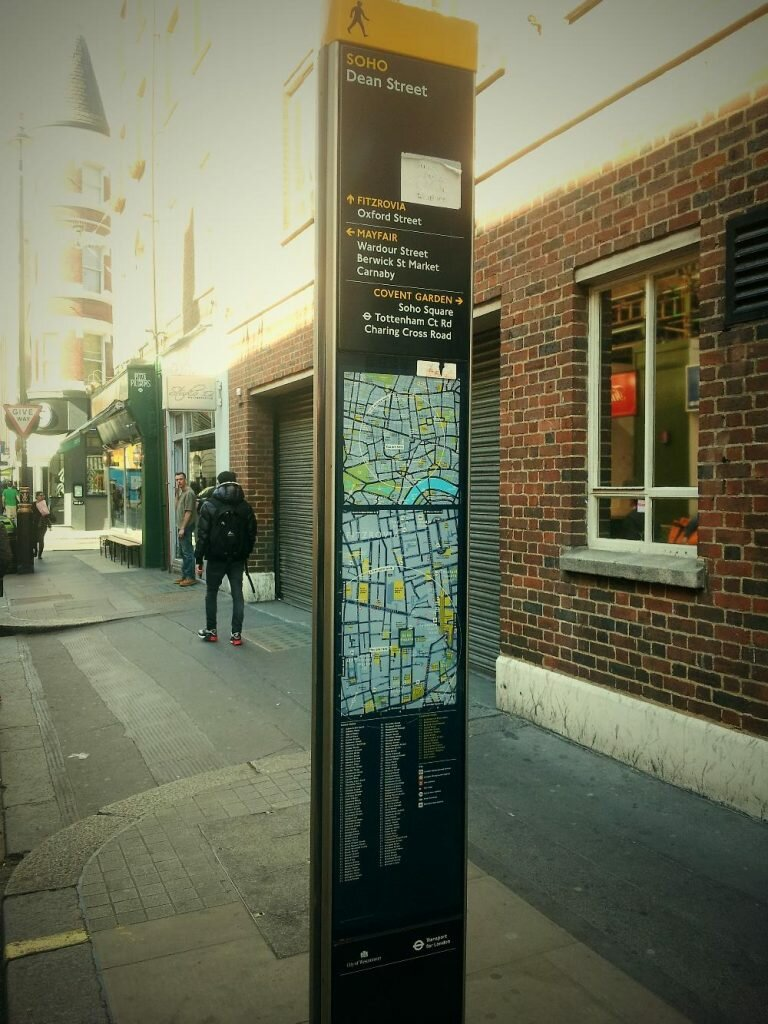 Totem - Mapa de Londres
