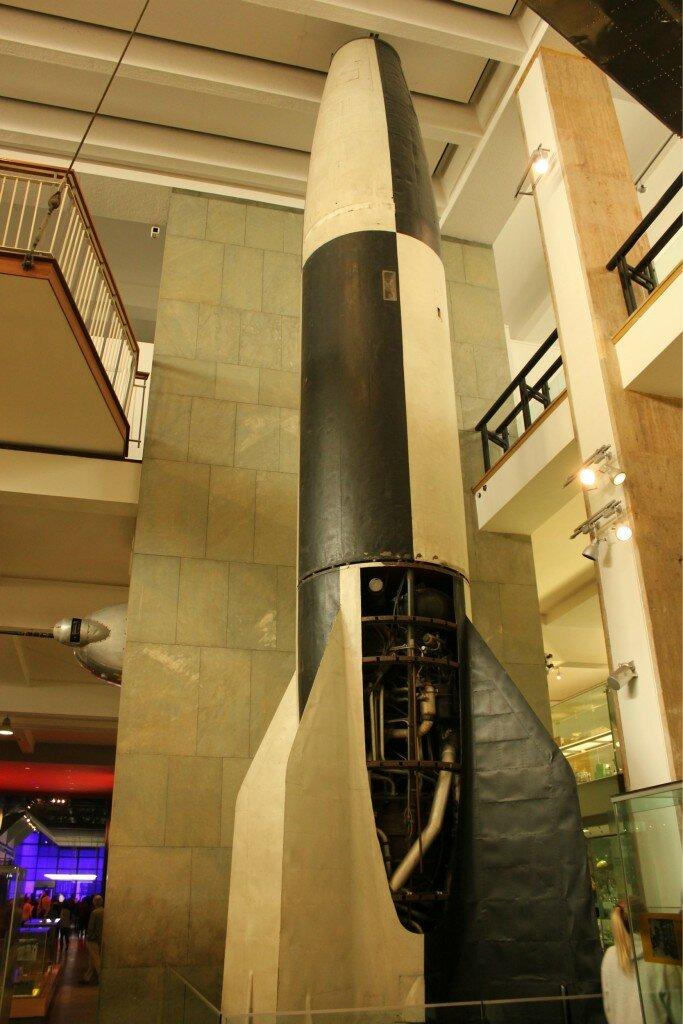 v2 - Rocket - Museu de Ciências