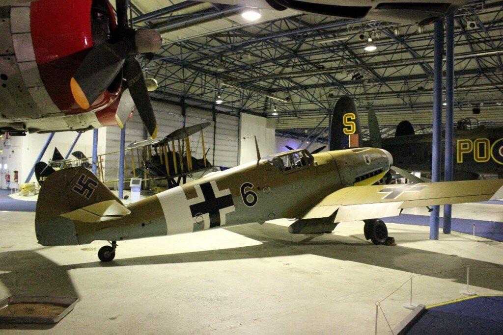 Um dos aviões nazistas no Museu da Força Aérea em Londres. Foto: Mapa de Londres