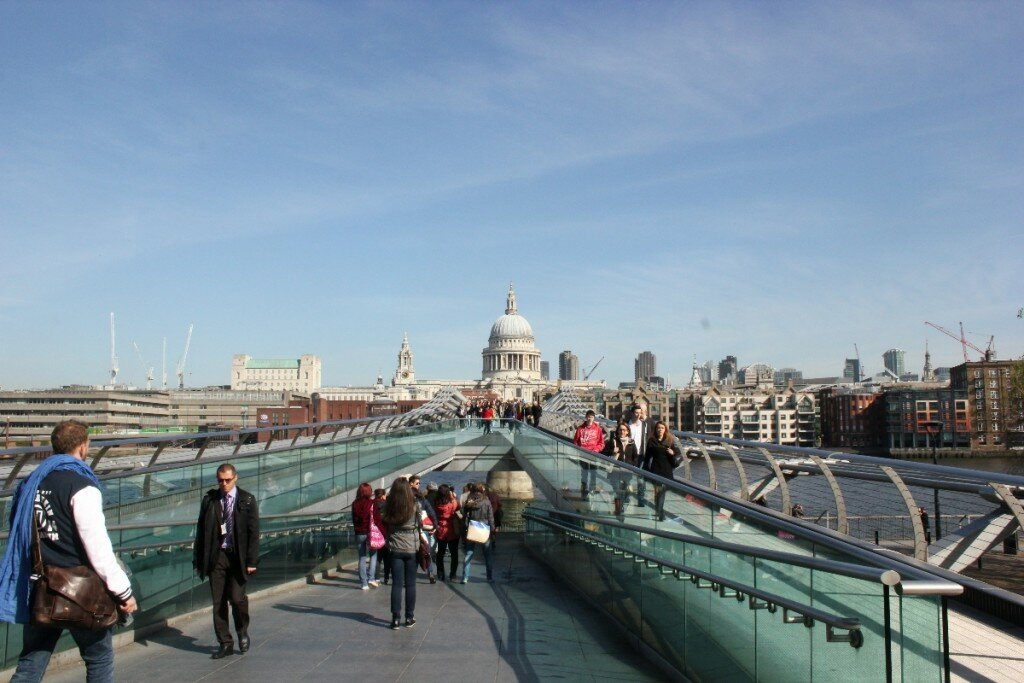St Paul's Cathedral da Millennium Bridge