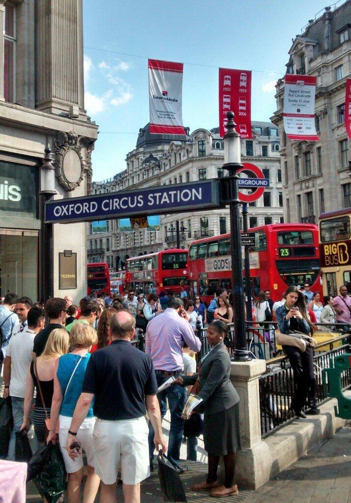 Estação de metrô Oxford Circus