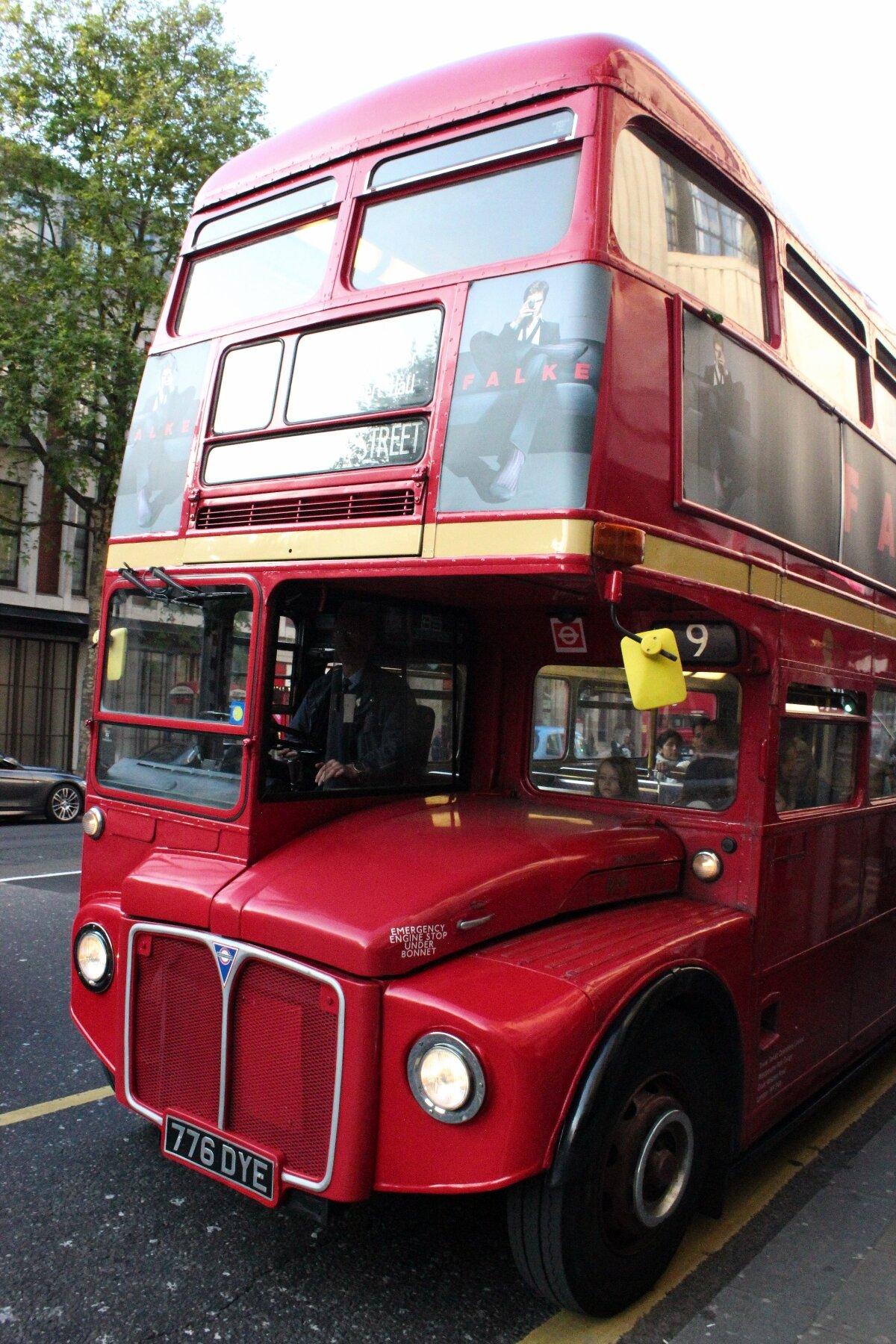 Routemaster antigo - Mapa de Londres
