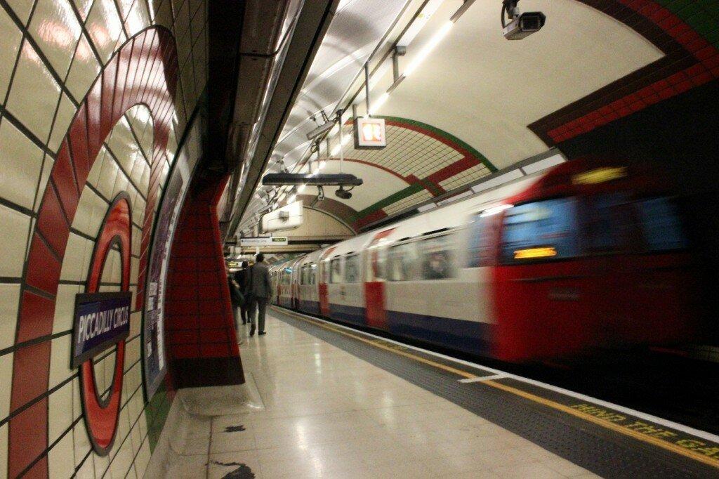 Piccadilly Line é o caminho para o Heathrow. Mas não de madrugada. Foto: Mapa de Londres