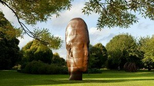 Jaume Plensa, Chloe, 2013. Foto: Richard Gray e Galerie Lelong.