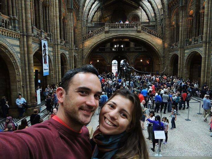 Paulo Enrico Pelegrini Siqueira e Pamela Piazentin Campos no Museu de História Natural. Foto: Arquivo pessoal
