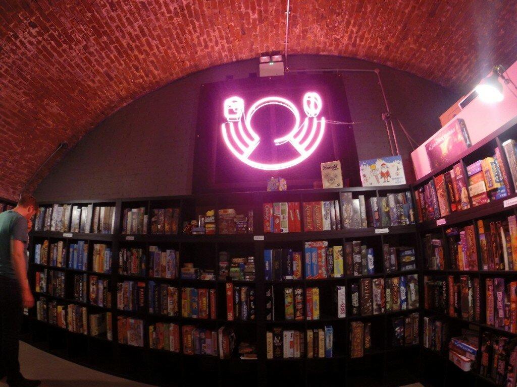 Inaugurado recentemente, o Draughts é um pub temático voltado para jogos de tabuleiro. Foto: Mapa de Londres