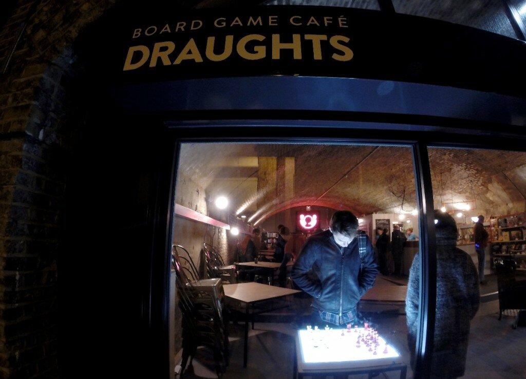 Bar de jogos de tabuleiro foi inaugurado em novembro