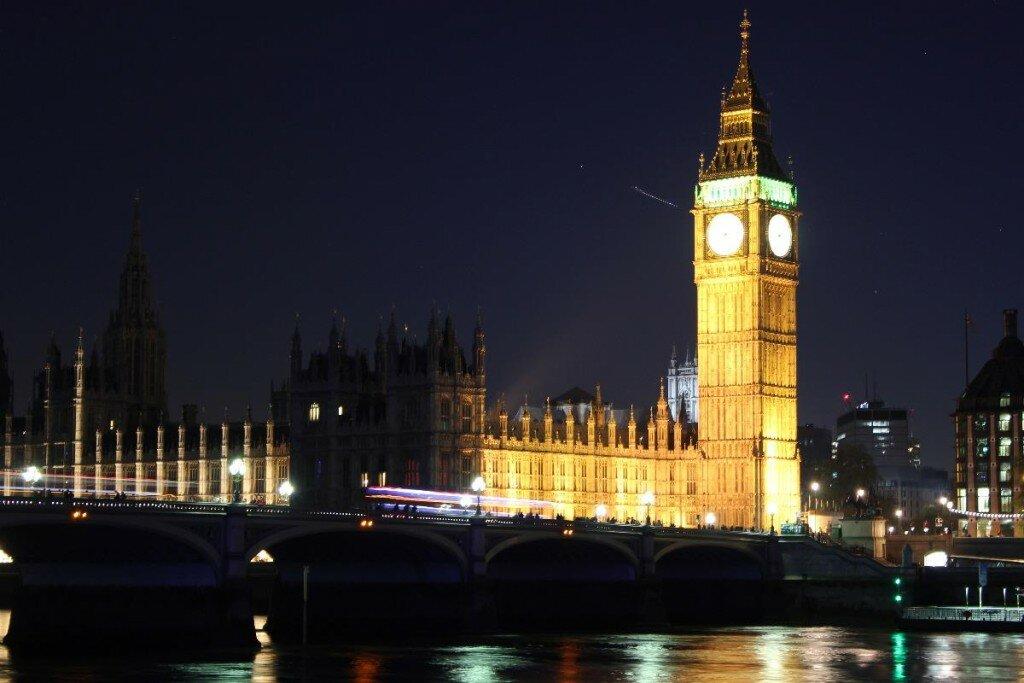 Palácio de Westminster (Big Ben) em Londres