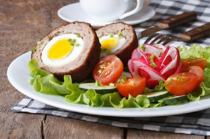 """No Brasil, os scotch eggs são chamados de """"bolovo"""". Foto: iStock, Getty Images"""