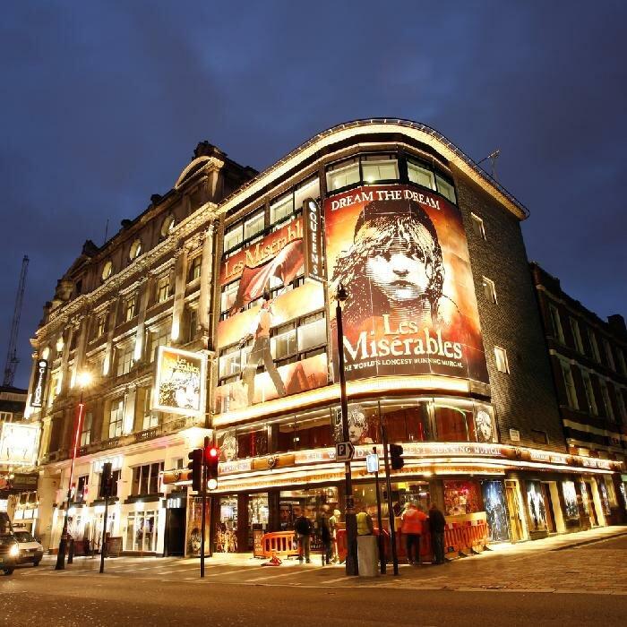 London Queen's Theatre