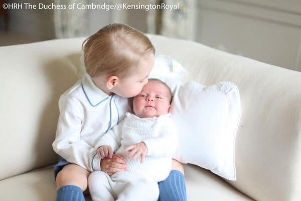 Princesa Charlotte e Príncipe George