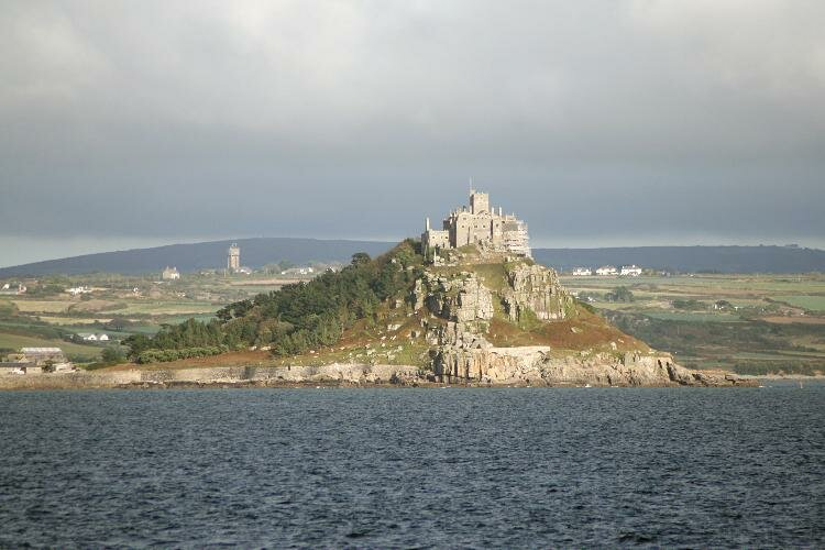 St_michaels_mount_CC BY-SA 3.0