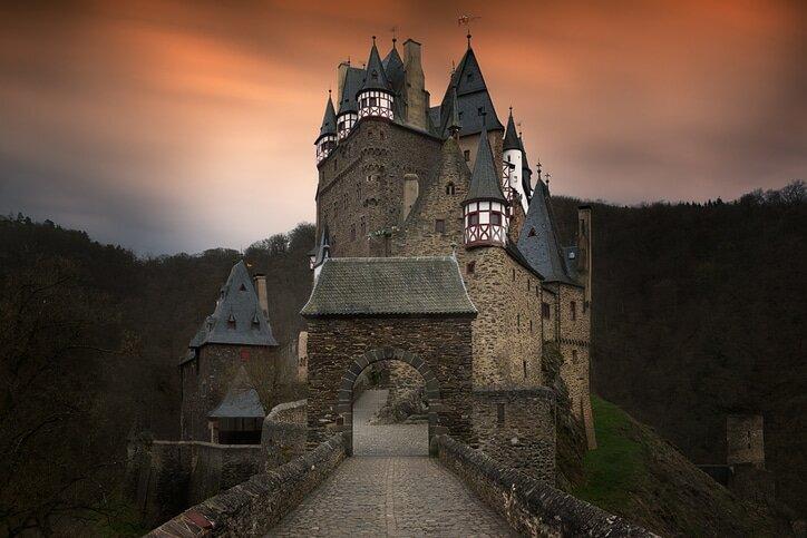 Castelo de Eltz - Castelos medievais da Europa