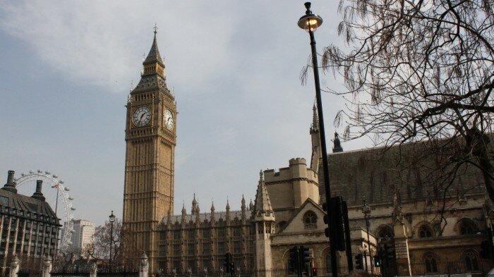 ¿Cuál es la diferencia horaria de Londres con respecto a Brasil?
